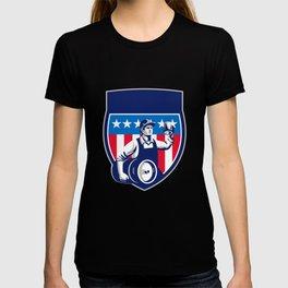 American Construction Worker Beer Keg Crest Retro T-shirt