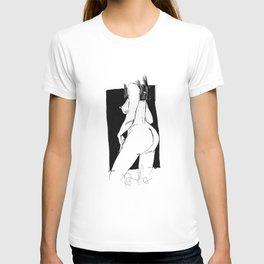 figure study (nude) T-shirt