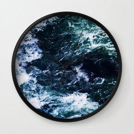 Wild ocean waves Wall Clock
