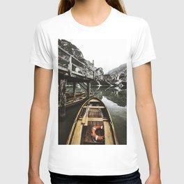 braies lake T-shirt