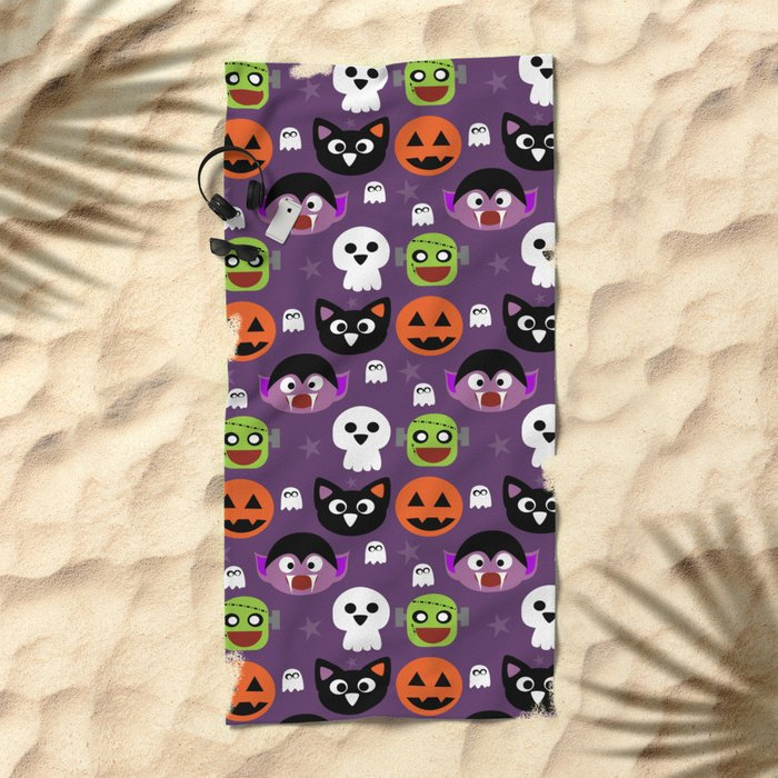 Halloween friends Beach Towel