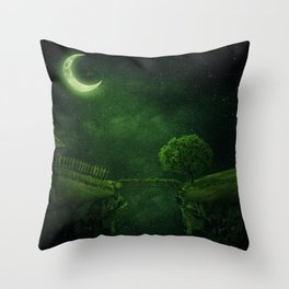 countryside crescent moon Throw Pillow