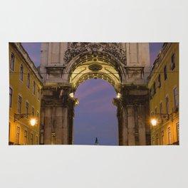 The Arco de Triunfo, Lisbon, Portugal Rug