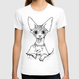 Big Eyed Pretty Wrinkly Kitty - Sphynx Cat Illustration - Nekkie - Cat Lover Gift T-shirt