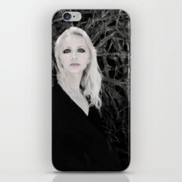 "VAMPLIFIED ""Creeping Vines"" iPhone Skin"