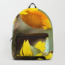 SUNFLOWER IN THE LATE AFTERNOON SUNLIGHT GLOW Backpack