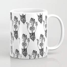 Hand of delicacy. By Ane Teruel. Coffee Mug