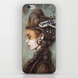 Naya iPhone Skin