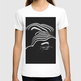 0686-AR BW Contemporary Art Nude Large Woman BBW Graceful and Strong T-shirt