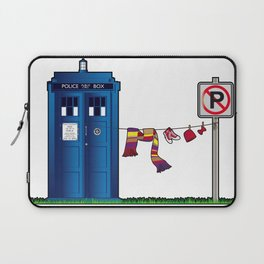 Doctor Who: tardis wardrobe  Laptop Sleeve