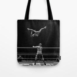 El Vuelo Tote Bag