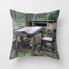 Fine Dining in the Mountains of Colorado Throw Pillow