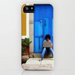Esperando iPhone Case