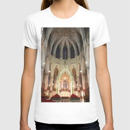 Christmas Decorations in St. Patrick's Cathedral T-shirt