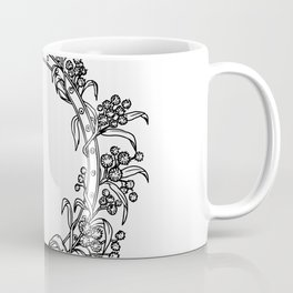 Celtic Belt With Rose and Thistle Drawing Coffee Mug
