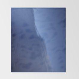 KALTES KLARES WASSER - Cold Clear Water Throw Blanket