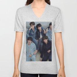 BTS / Bangtan Boys Unisex V-Neck