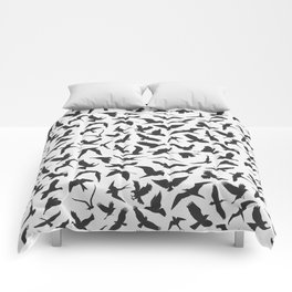 illustration of seamless pattern of flying birds Comforters