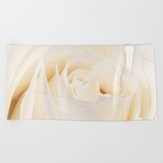 White Winterrose - Rose- Roses Beach Towel