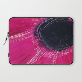 CLOSE UP PINK FLOWER Laptop Sleeve