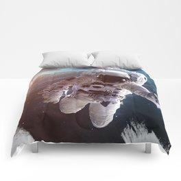 Space art Comforters