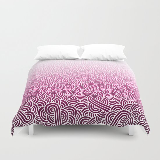 Ombre pink and white swirls doodles Duvet Cover