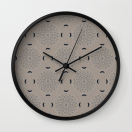 Mascara Rosette Lace Wall Clock