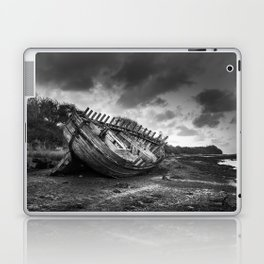 Dulas Bay Boat Wreck - Black & White Laptop & iPad Skin