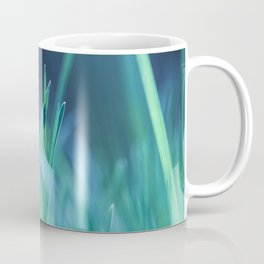 Splender in the grass Coffee Mug