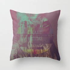 Luqaiot Kittitas Throw Pillow