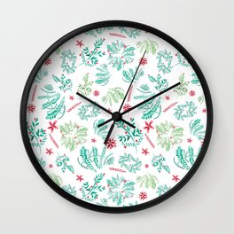 Red and Green Christmas leaves patterm Wall Clock