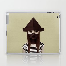 Ceci n'est pas un chapeau Laptop & iPad Skin