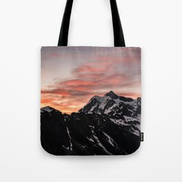 Pink Sky - Cascade Mountains - Nature Photography Tote Bag