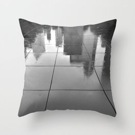 Singin' in the rain and all the jazz Throw Pillow