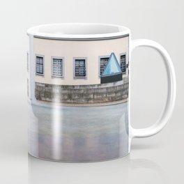 Castle fountain Coffee Mug