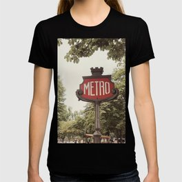 A Metro In Paris T-shirt