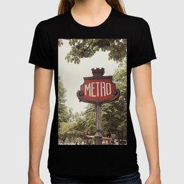 A Metro In Paris T-shirt
