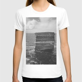 Dun Briste II Black and White T-shirt