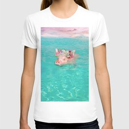 Whistle your soundtrack, daydream your future. T-shirt