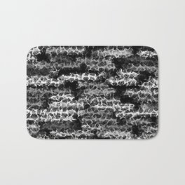 Spidery Lines Inverse Bath Mat