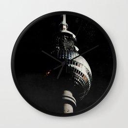 Tour de télévision de Berlin Wall Clock