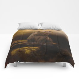 Roaring grizzly bear Comforters