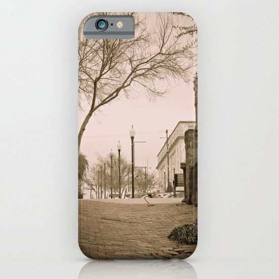 Vicksburg Downtown I iPhone & iPod Case