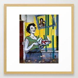 Abuela cuando era joven Framed Art Print