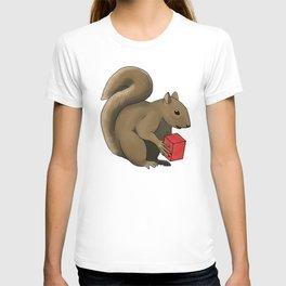 Christmas Squirrel  T-shirt