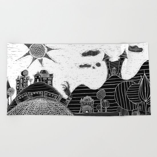 castle bubu Beach Towel