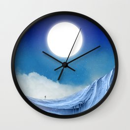 To dust Wall Clock