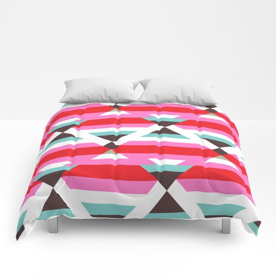 Pattern36 Comforters