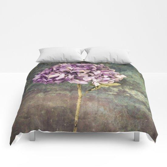 Beautiful Hydrangea Comforters