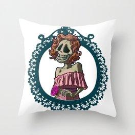 Skull nouveau Throw Pillow